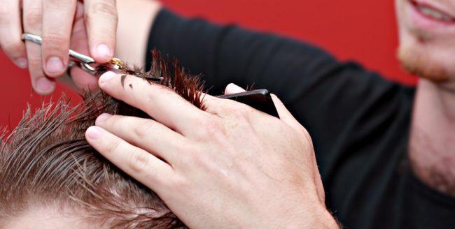 Top zece tunsori pe care bărbații trebuie să le evite