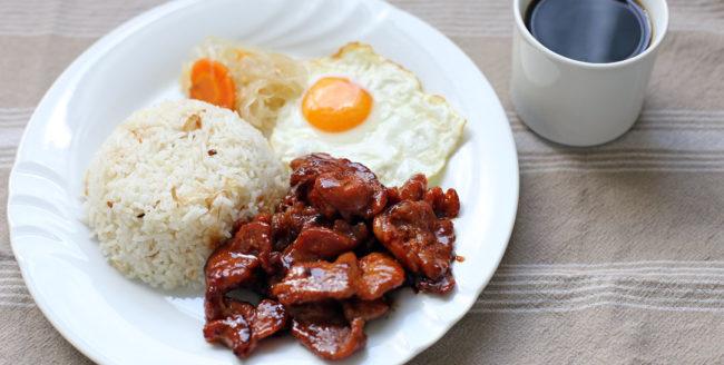 Cum să prepari un mic dejun cu parfum filipinez?