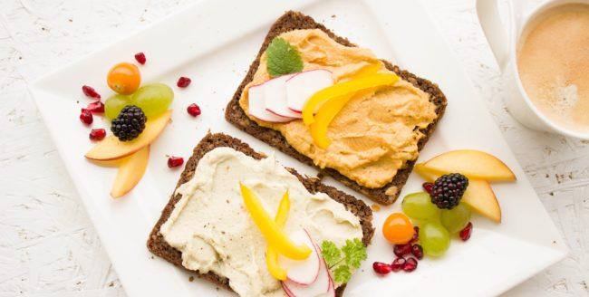 3 idei de mic dejun sănătos și rapid