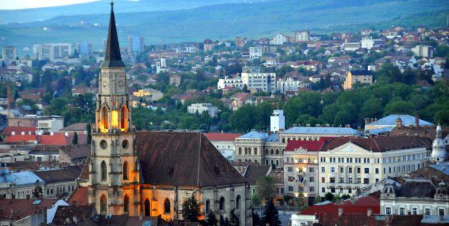 10 clujeni pot petrece o noapte în Muzeul de Artă din Cluj-Napoca