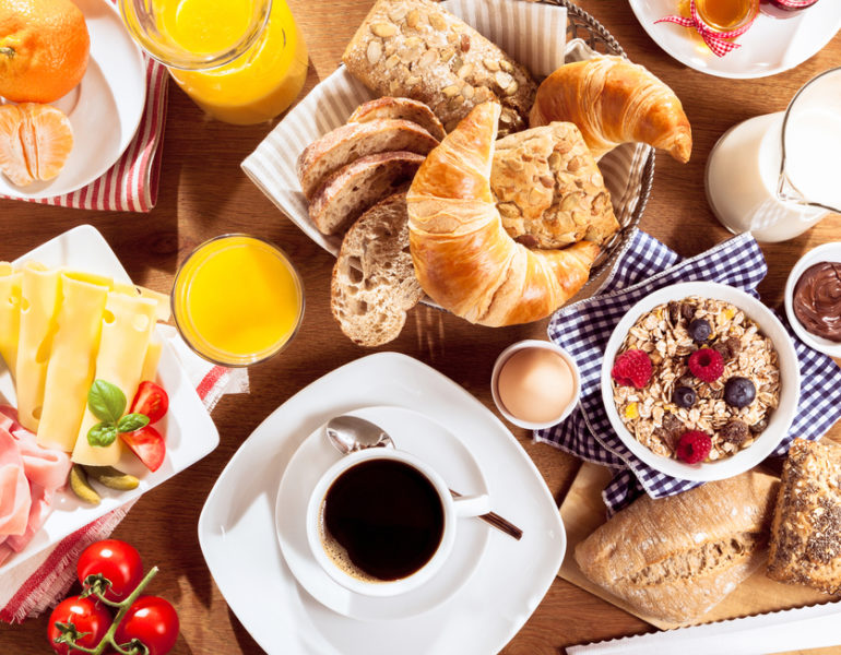mic dejun
