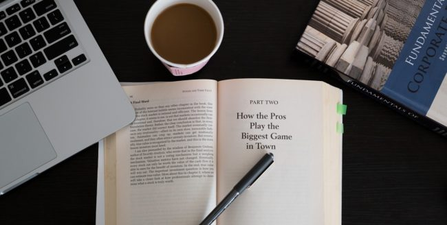 15 cărţi de business pe care trebuie să le citeşti