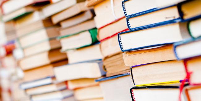 10 cărți de vânzări pe care să le citești