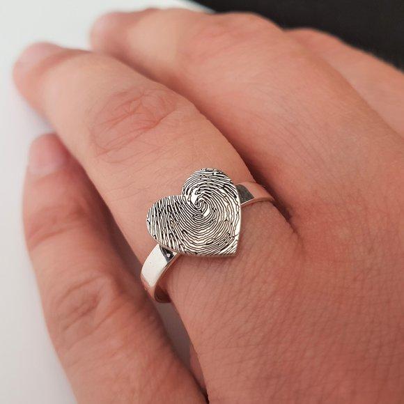 inel-personalizat-inima-stilizata-argint-925-12814-2