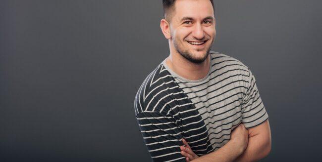 """[Interviu] Alex Ardelean: """"Trăim într-o eră în care trebuie să fim perfecți și uităm să ne bucurăm de imperfecțiunile care fac viața mai dinamică și mai faină"""""""